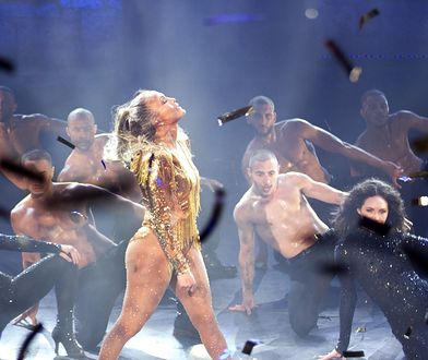 Jennifer Lopez wciąż ma to coś! Latynoska gwiazda kusi na scenie