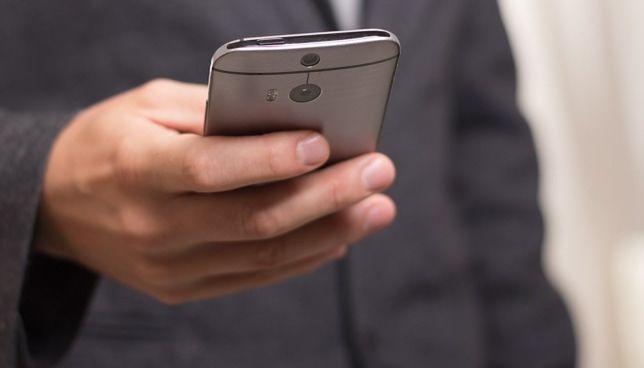 Podejrzane SMS-y, dziwne linki, zainfekowane programy - na to musisz uważać