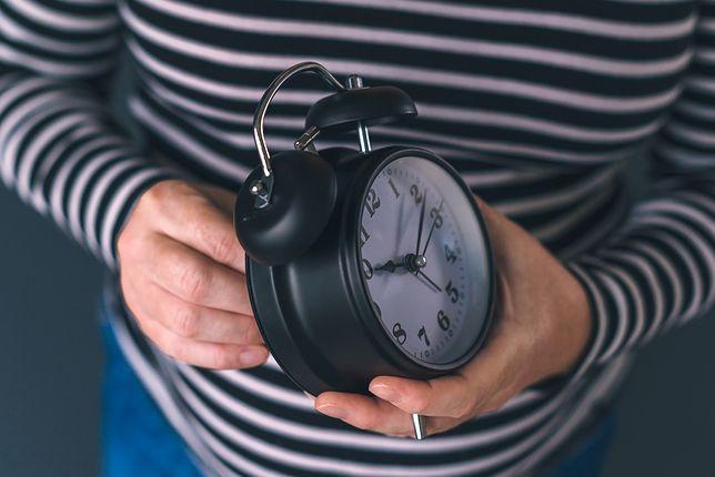 Zmiana czasu z zimowego na letni 2019. Kiedy przestawiamy zegarki czy nastąpi to po raz ostatni?