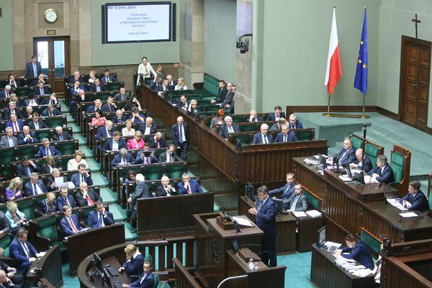 Trzy ustawy o TK nadal będą procedowane. Sejm nie zgodził się nie odrzucenie projektów PiS i PSL