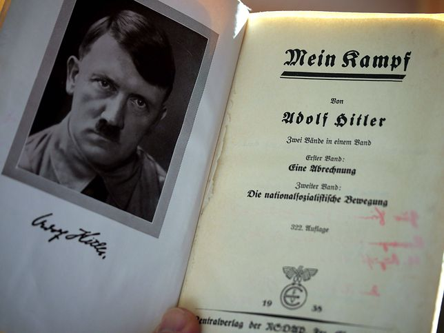 """""""Mein Kampf"""", """"wyznanie wiary"""" Adolfa Hitlera"""