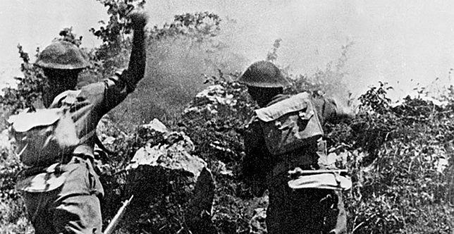 Polacy podczas ataku na pozycje niemieckie na Monte Cassino, maj 1944 r.