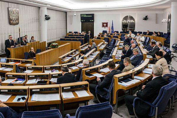 Senat rozpatruje ustawę o in vitro