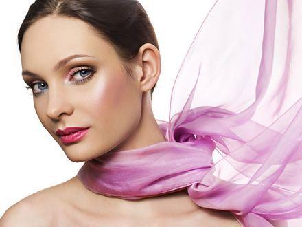Makijaż na wieczór – różne odsłony