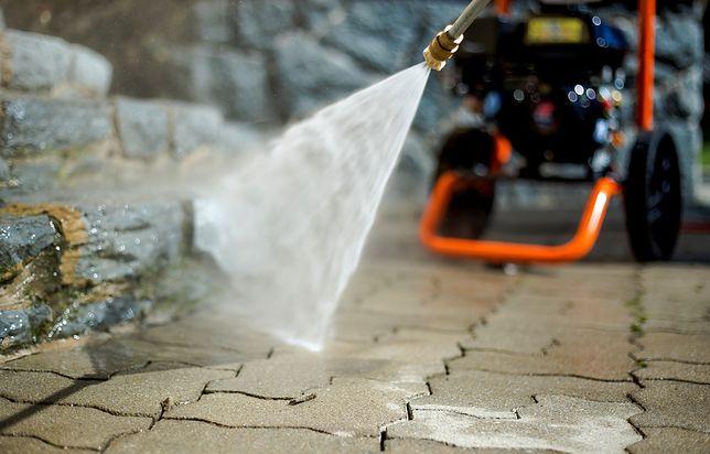 Myjka ciśnieniowa przyda się do najbardziej wymagających prac