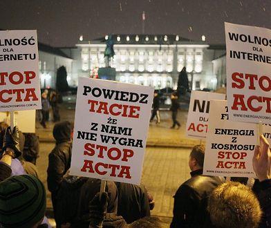 To nie żart - internauci mogą sparaliżować polski rząd!