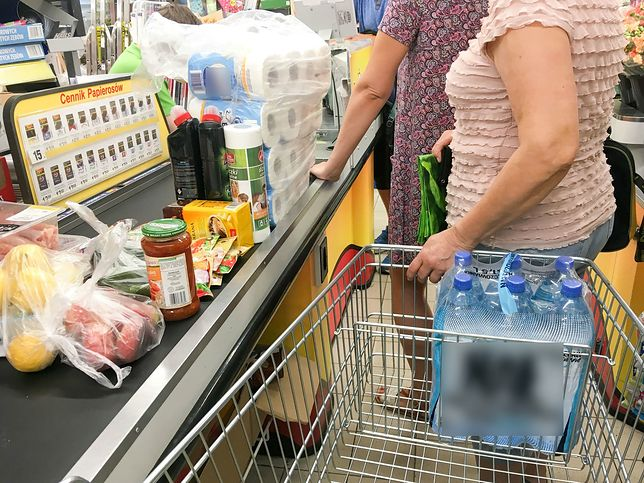 Klienci mają mnóstwo patentów na to, jak wynieść towar ze sklepu bez płacenia