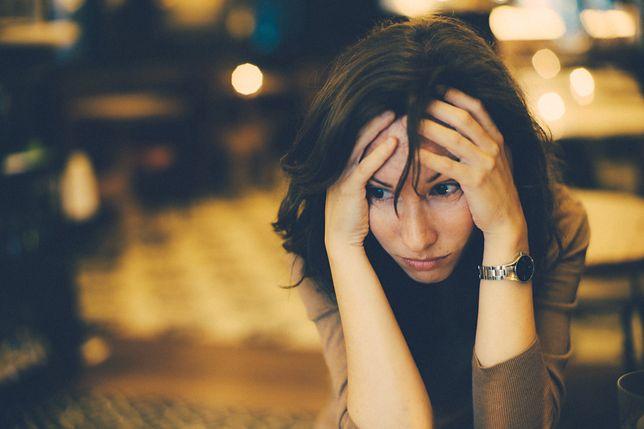 Jak sobie pomóc po rozstaniu? Przede wszystkim myśl o sobie i zapomnij o przeszłości.
