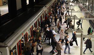 Warszawa. Awaria schodów w metrze. Są ranni