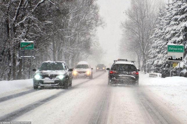 Tatry. Coraz więcej śniegu. Drugi stopień zagrożenia lawinowego