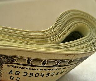 Zadłużenie Amerykanów. Jedna piąta uważa, że do śmierci nie wygrzebie się z długów
