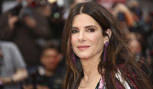 """54-letnia Sandra Bullock w ciąży. Magazyn """"Life & Style Weekly"""" nie ma wątpliwości"""