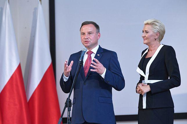 Prezydent Andrzej Duda i Agata Kornhauser-Dudą w gdyńskim liceum