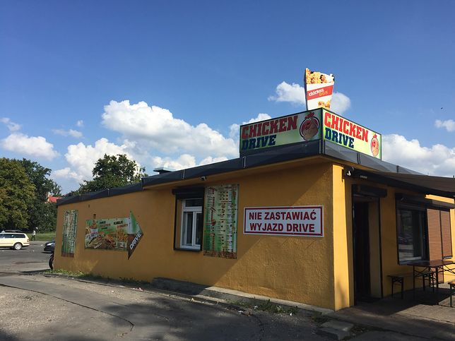 Pan Paweł trochę podpatrzył w wielkich sieciach fastfoodowych, a trochę w małych budkach z kebabami. I tak biznes w Sławnie się kręci
