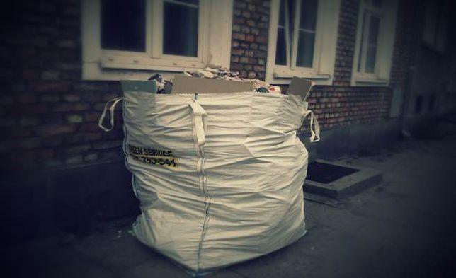 Gdańskie ulice szpecą odpady budowlane