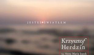 """Krzysztof Herdzin z zaprzyjaźnionymi muzykami wydaje nową płytę """"Jesteś światłem"""""""
