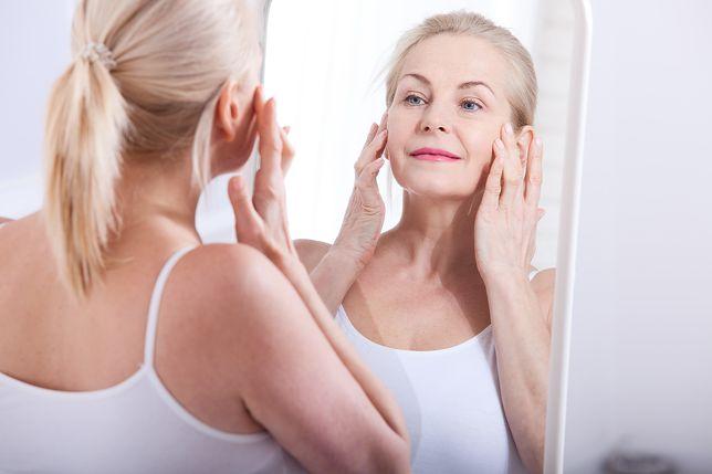 Podstawową zasadą jest poszukiwanie kosmetyków o jak najnaturalniejszym składzie