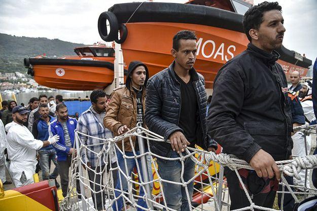 Włochy: 50 nielegalnych imigrantów wywołało zamieszki na promie