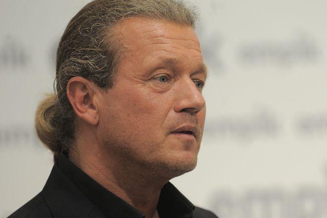 Jarosław Jakimowicz odpowiadając hejterom, przytoczył bolesne rodzinne wspomnienia