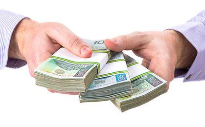 Ponad połowa Polaków ekstra pieniądze wydałaby na jeden cel