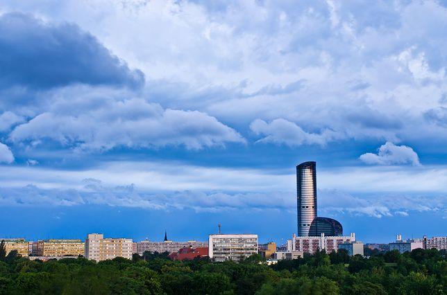 Najwyższy budynek mieszkalny - Sky Tower, Wrocław