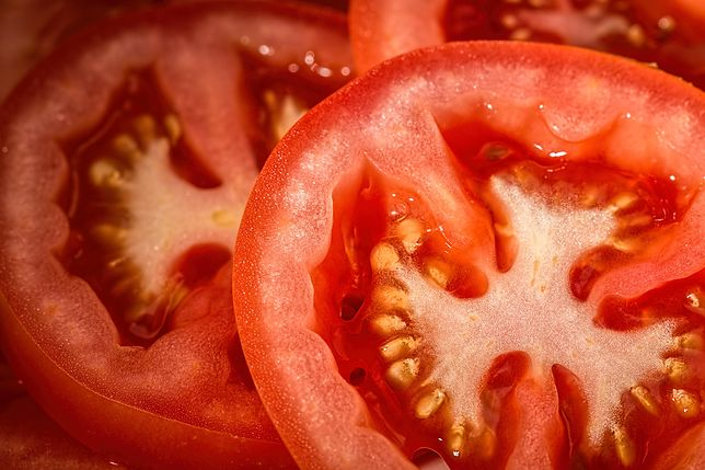 Kryptowaluty pomogły wyhodować pomidory