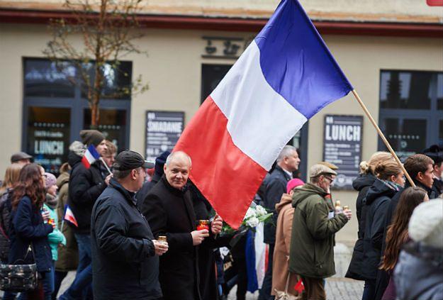 W Gdyni marsz solidarności z Francją, w Gdańsku marsz przeciwko imigrantom