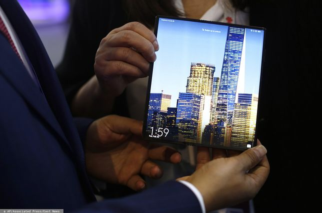 Huawei: Rozkładany Mate X trafi na rynek w przyszłym w miesiącu
