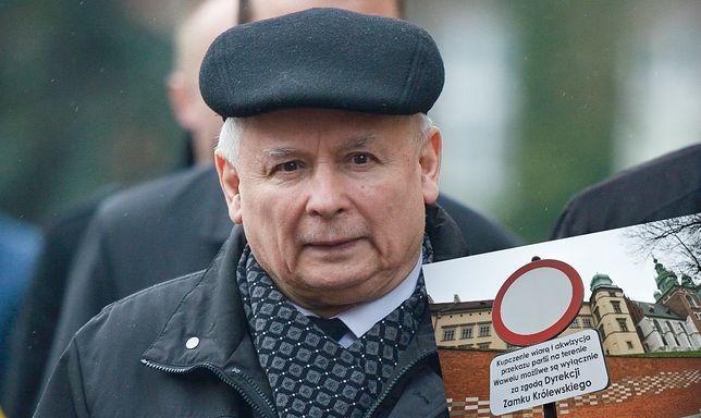 Przed wjazdem na Wawel pojawił się nowy znak. To nie spodoba się prezesowi PiS