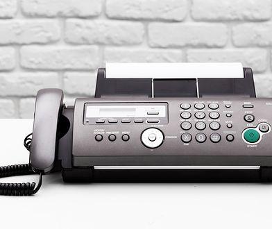 Kto jeszcze korzysta z faksu w 2017 roku?