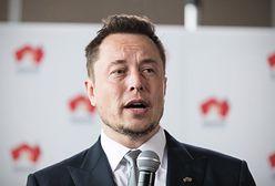 """Elon Musk: """"Tesla może włączyć w pełni autonomiczną jazdę jeszcze w tym roku"""""""