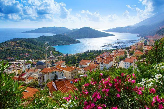 Wybrzeże Egejskie kontra Riwiera Turecka. Porównujemy tureckie regiony
