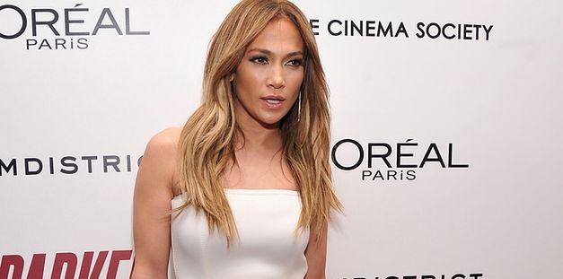 Jennifer Lopez tłumaczy się mamie