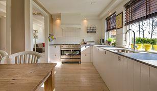 Zestawy mebli kuchennych – doskonała alternatywa stolarza