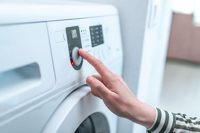 Podobnie jak tryby prania, pralko-suszarki mają również odrębne tryby suszenia
