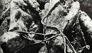 Zdjęcie z ekshumacji ciał polskich oficerów zamordowanych przez NKWD w Katyniu w 1940, Katyń 1943