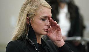 Paris Hilton zalała się łzami. Była maltretowana w szkole z internatem