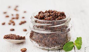 Domowy peeling kawowy jest idealny dla skóry tłustej