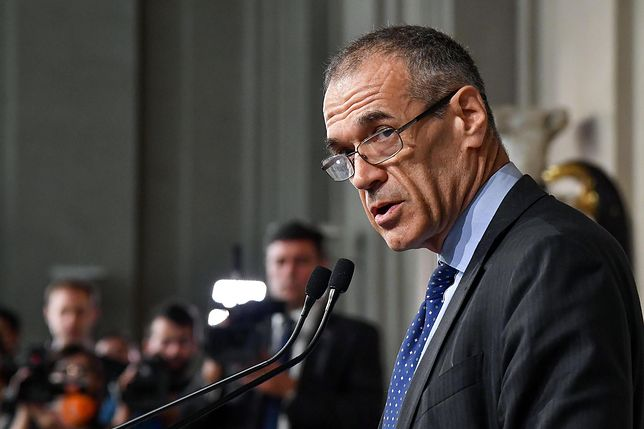 54-letni Carlo Cottarelli przez ćwierć wieku pracował w Międzynarodowym Funduszu Walutowym