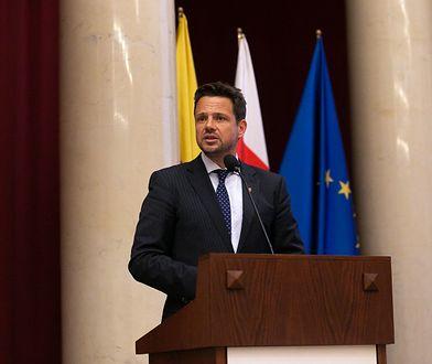 """Po raz pierwszy w historii Warszawy Rafał Trzaskowski zaprezentował """"Raport o stanie miasta""""."""