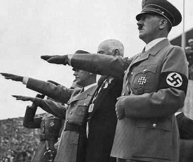 """Brytyjski historyk o """"Mein Kampf"""": 80 tys. sprzedanych egzemplarzy - alarmujące"""