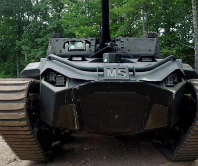 USA. Pierwszy średni robot bojowy Ripsaw M5 trafił do armii