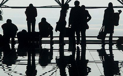 Lotnisko w Modlinie obsłużyło ponad 100 tys. pasażerów przez 24 dni