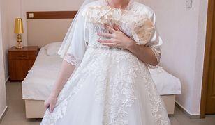 Przymierzała swoją suknię ślubną. Ktoś wysłał jej zdjęcie do pana młodego