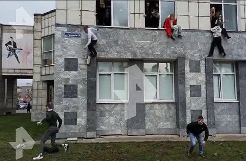 Strzelanina na uczelni w Rosji. Studenci uciekali przez okna