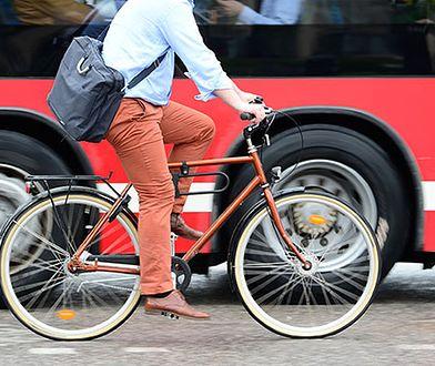 Rowerzyści na drogach: co każdy kierowca wiedzieć musi