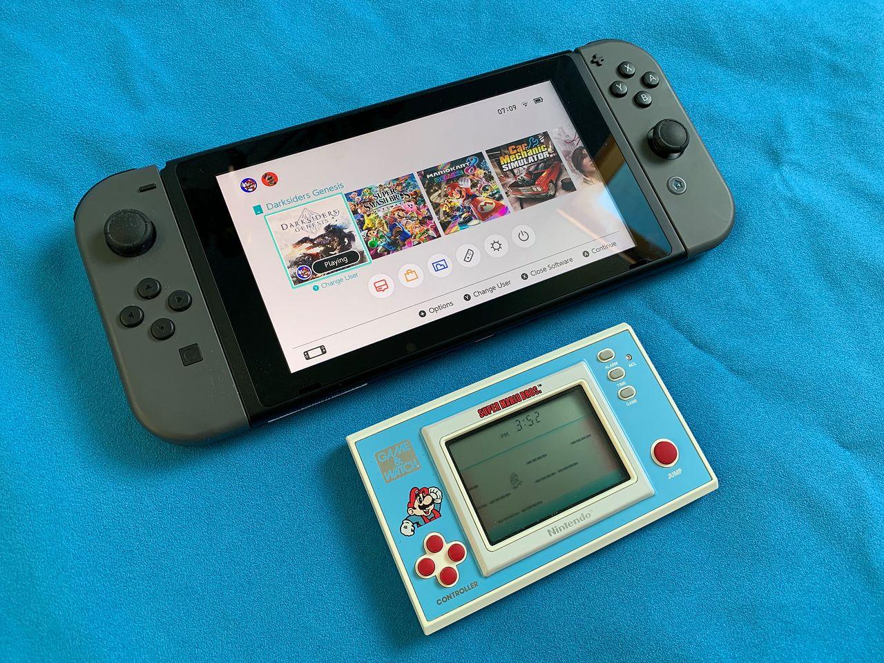 Nintendo Game&Watch - historia pierwszej kieszonsolki i okrągły jubileusz Mario - 30 lat przenośnych konsol Nintendo.