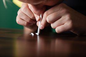 Metamfetamina (kryształ) – działanie, wygląd, skutki uboczne