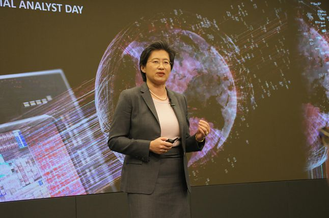 Dr Lisa Su, CEO AMD, podczas otwierajacej prezentacji Financial Analyst Day 2015