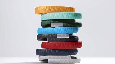 Jawbone UP — nie tylko gadżet - Opaska Jawbone UP występuje w kilku kolorach, co teoretycznie ma umożliwić każdem dobranie opaski dla siebie.